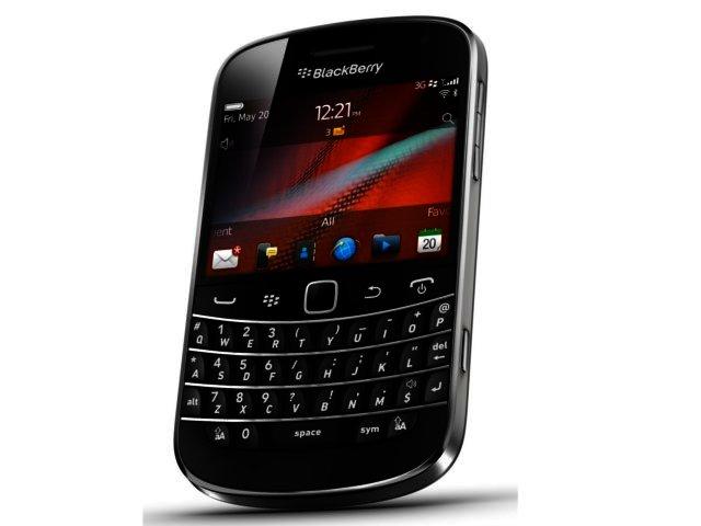 BlackBerry Bold 9900 image