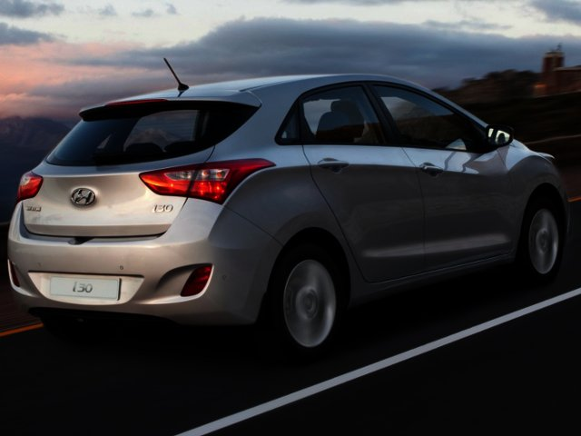 Hyundai i30 launched locally