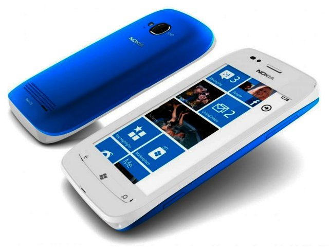 Nokia Lumia 710 images