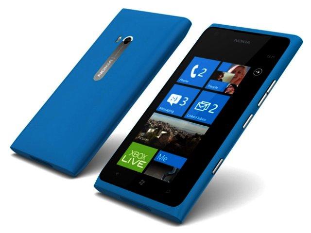 Nokia Lumia 900 image