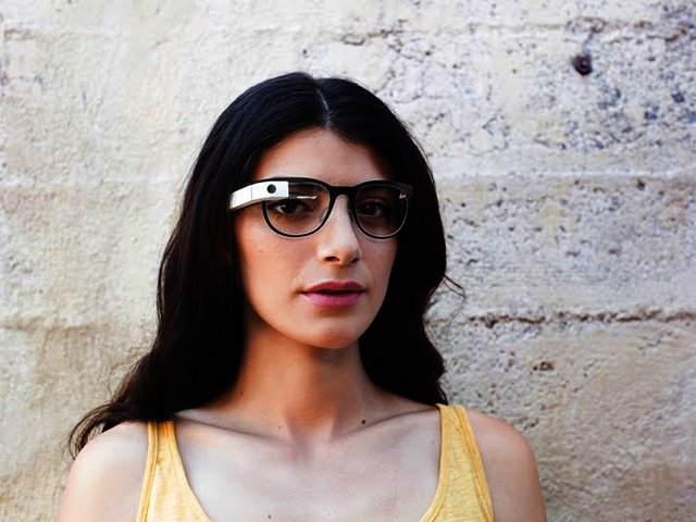 f8ed455a35 News  Google Glass partners with Ray-Ban