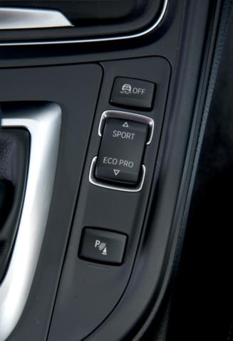 BMW, car review, BMW M division, sports car, diesel powered car, BMW 330d, BMW 330 Steptronic M Sport
