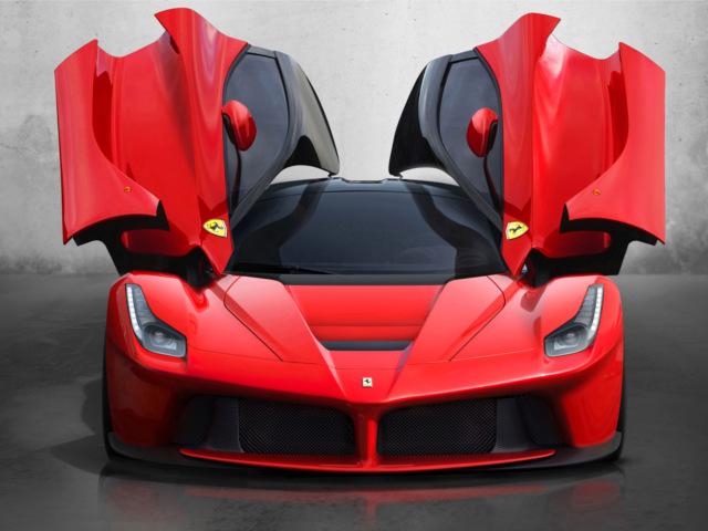 Top 5, car news, car comparison, motoring news, McLaren P1, Porsche 918 Spyder, McLaren, Ferrari, Porsche, Lamborghini, Koenigsegg Agera S Hundra, Lamborghini Veneno, Koenigsegg, supercar, hypercar, Ferrari LaFerrari