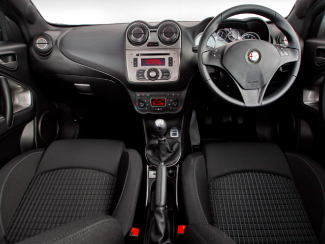 Alfa Romeo, hothatch, car review, sportscar, Alfa Romeo Mito 1.4 QV Sport, Blue&Me, Fiat, Microsoft, in-vehicle infotainment, Redmond