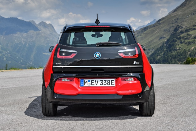 News Bmw Adds Performance Model To 2018 Electric Car Lineup With I3s